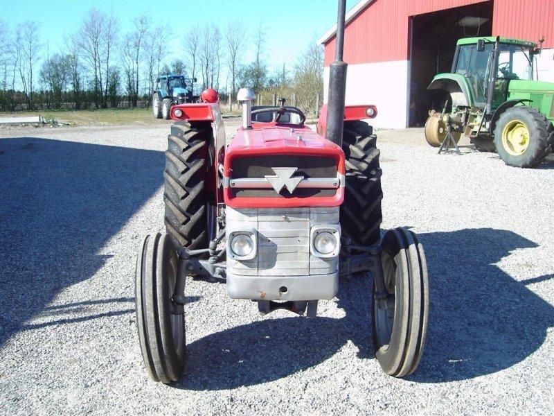 Traktor типа Massey Ferguson 135 8 gears model, Gebrauchtmaschine в Ejstrupholm (Фотография 2)