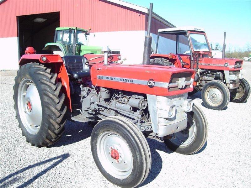 Traktor типа Massey Ferguson 135 8 gears model, Gebrauchtmaschine в Ejstrupholm (Фотография 1)