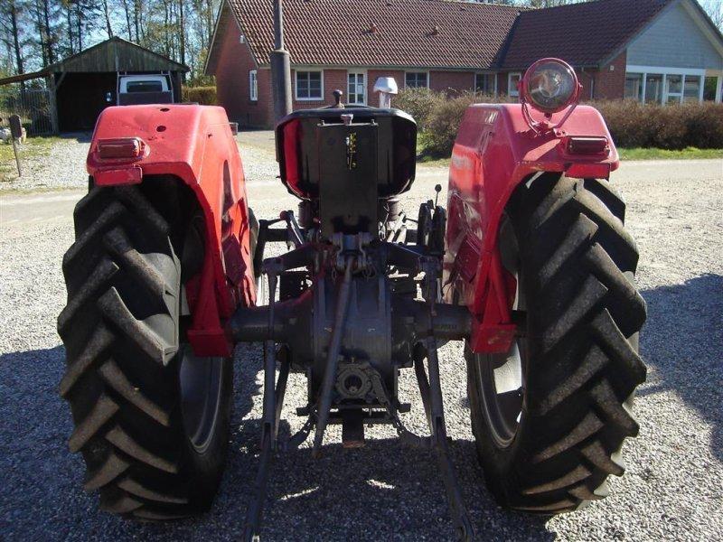 Traktor типа Massey Ferguson 135 8 gears model, Gebrauchtmaschine в Ejstrupholm (Фотография 4)
