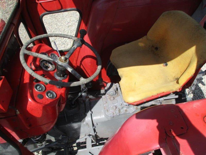 Traktor типа Massey Ferguson 135 den nye model med 8gear, Gebrauchtmaschine в Lintrup (Фотография 3)
