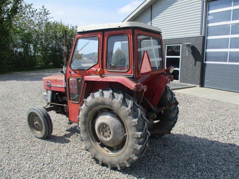 Traktor des Typs Massey Ferguson 135 med lukket kabine, Gebrauchtmaschine in Lintrup (Bild 3)