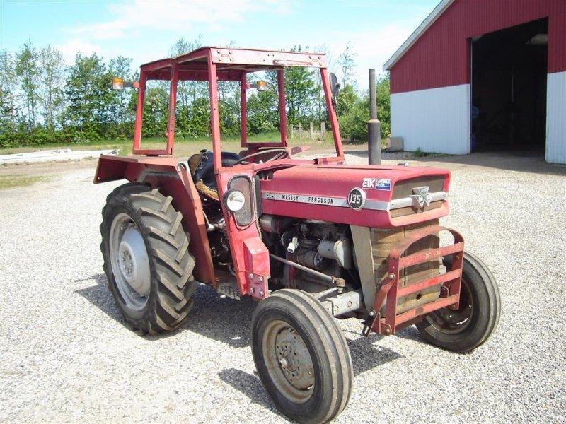 Traktor типа Massey Ferguson 135, Gebrauchtmaschine в Ejstrupholm (Фотография 2)