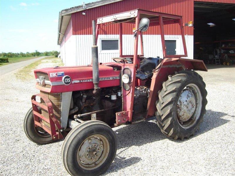 Traktor типа Massey Ferguson 135, Gebrauchtmaschine в Ejstrupholm (Фотография 1)
