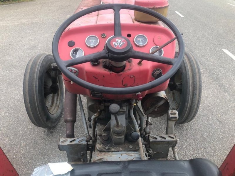 Traktor des Typs Massey Ferguson 135, Gebrauchtmaschine in Callantsoog (Bild 5)