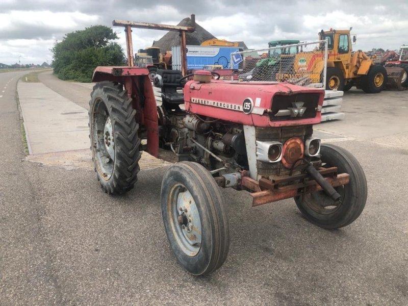 Traktor des Typs Massey Ferguson 135, Gebrauchtmaschine in Callantsoog (Bild 3)