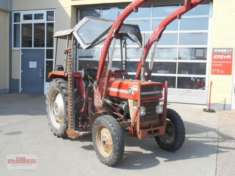 Traktor des Typs Massey Ferguson 135, Gebrauchtmaschine in Holzhausen (Bild 1)