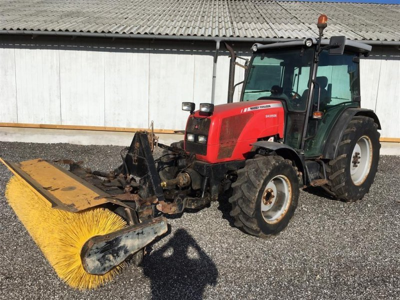 Traktor des Typs Massey Ferguson 2430 GE, Gebrauchtmaschine in Slangerup (Bild 1)