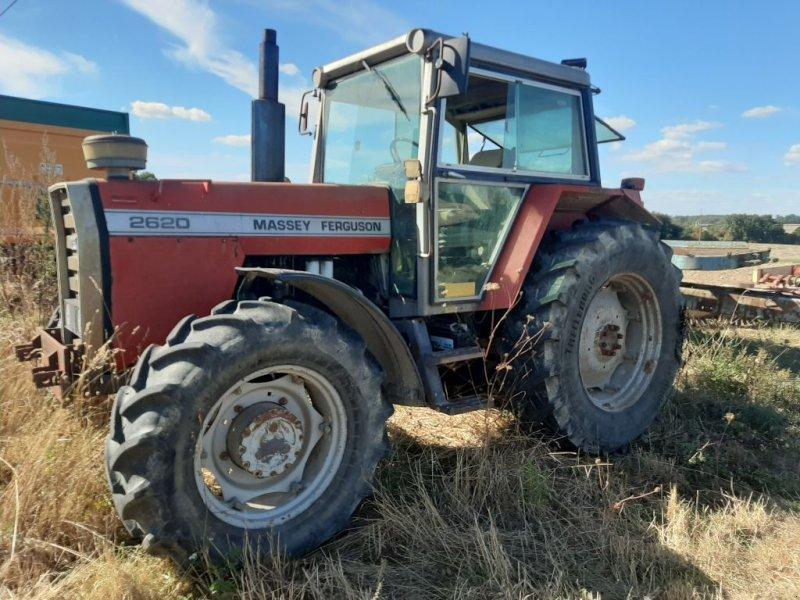 Traktor a típus Massey Ferguson 2620, Gebrauchtmaschine ekkor: Savigny sur Braye (Kép 1)