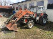 Massey Ferguson 274 S mit hydraulischem Frontlader, Schaufel, Ballengabel und Palettengabel Traktor