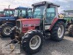 Traktor des Typs Massey Ferguson 3060 in Neuhof - Dorfborn