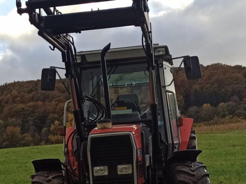 Traktor des Typs Massey Ferguson 3065, Gebrauchtmaschine in Unterweid (Bild 1)