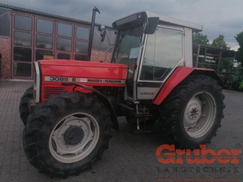 Traktor des Typs Massey Ferguson 3085 E, Gebrauchtmaschine in Ampfing (Bild 1)