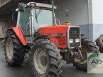 Traktor des Typs Massey Ferguson 3095 A in Lage