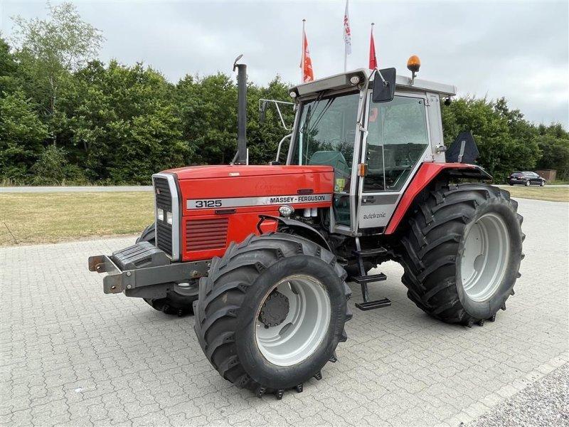 Traktor des Typs Massey Ferguson 3125, Gebrauchtmaschine in Nimtofte (Bild 1)