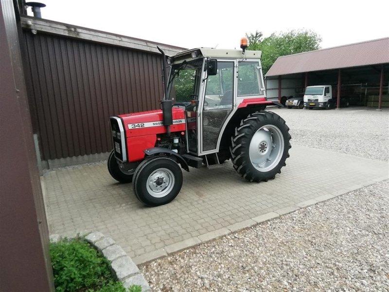 Traktor des Typs Massey Ferguson 342 -2 WD, Gebrauchtmaschine in Aabenraa (Bild 1)