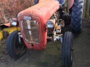 Traktor типа Massey Ferguson 35 benzin NR.836297, Gebrauchtmaschine в Helsinge