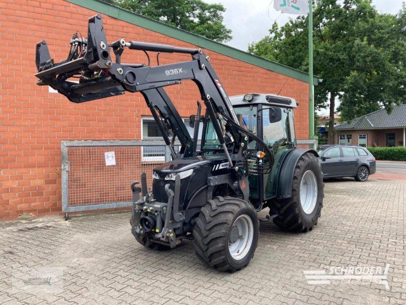 Traktor des Typs Massey Ferguson 3630 CAB, Gebrauchtmaschine in Scharrel (Bild 1)