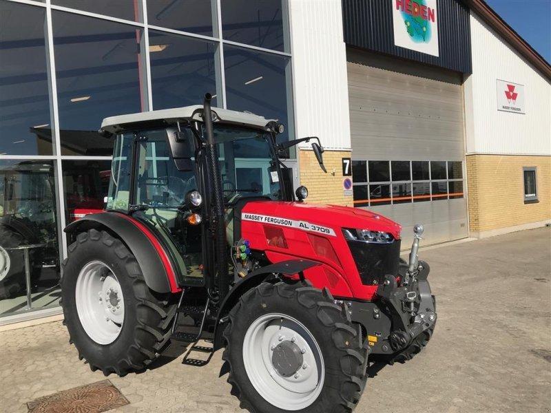 Traktor des Typs Massey Ferguson 3709 AL m/frontlift NEDSAT, Gebrauchtmaschine in Ringe (Bild 1)