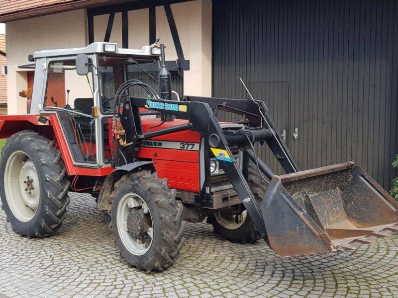Traktor des Typs Massey Ferguson 377, Gebrauchtmaschine in Marxzell Schielberg (Bild 1)