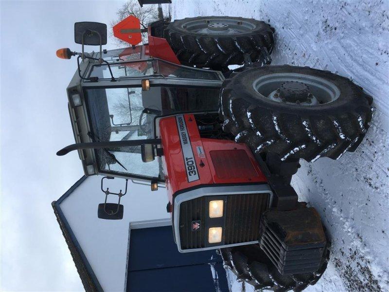 Traktor типа Massey Ferguson 390T Hi-Line 4WD Nye dæk. 4070 timer. 18/6 Speedshift., Gebrauchtmaschine в Vejle (Фотография 1)