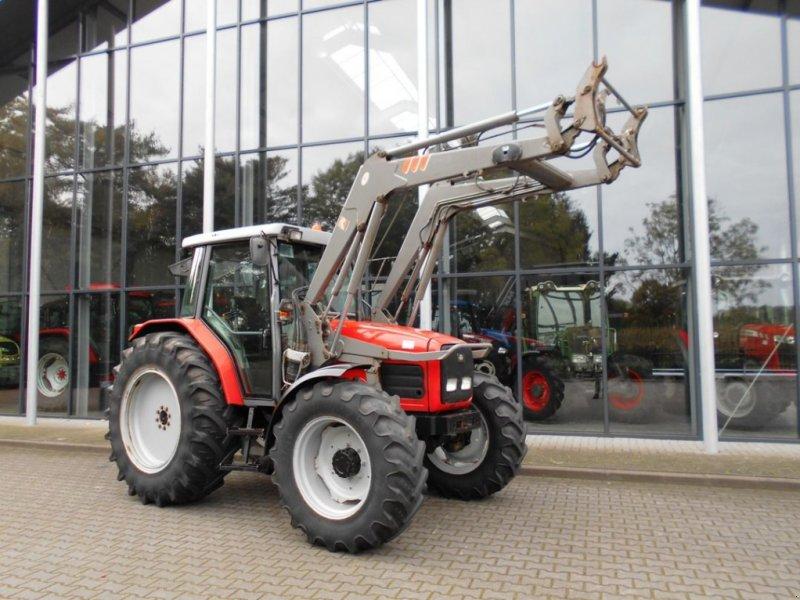 Traktor типа Massey Ferguson 4245, Gebrauchtmaschine в Boxtel (Фотография 1)