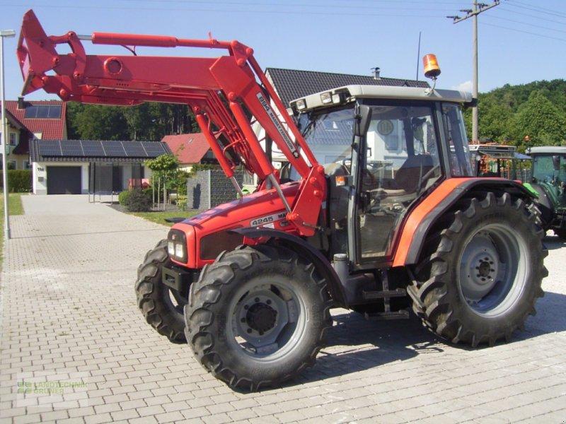 Traktor des Typs Massey Ferguson 4245, Gebrauchtmaschine in Hiltpoltstein (Bild 1)