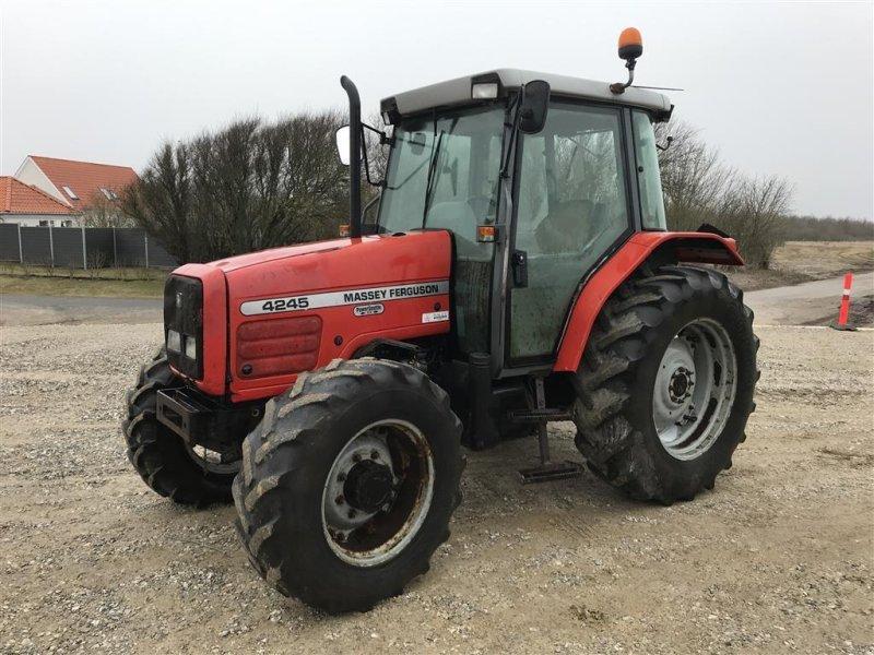 Traktor типа Massey Ferguson 4255 3000 timer, Gebrauchtmaschine в Løgstør (Фотография 1)