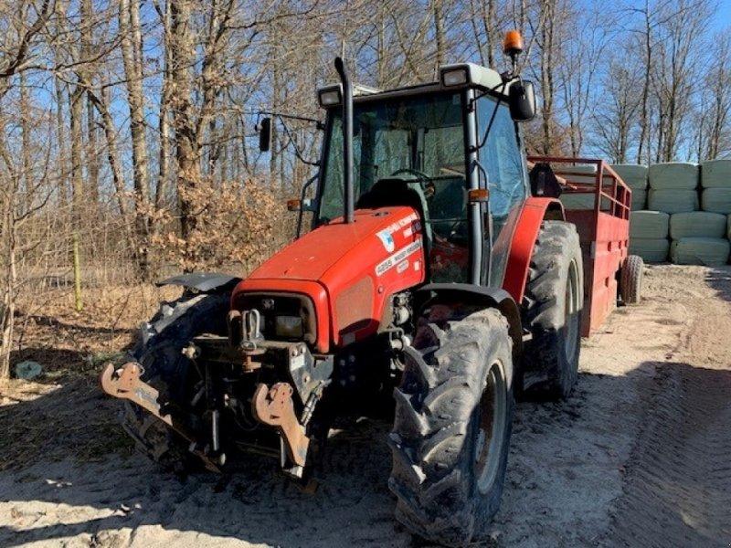 Traktor des Typs Massey Ferguson 4255, Gebrauchtmaschine in Sakskøbing (Bild 1)