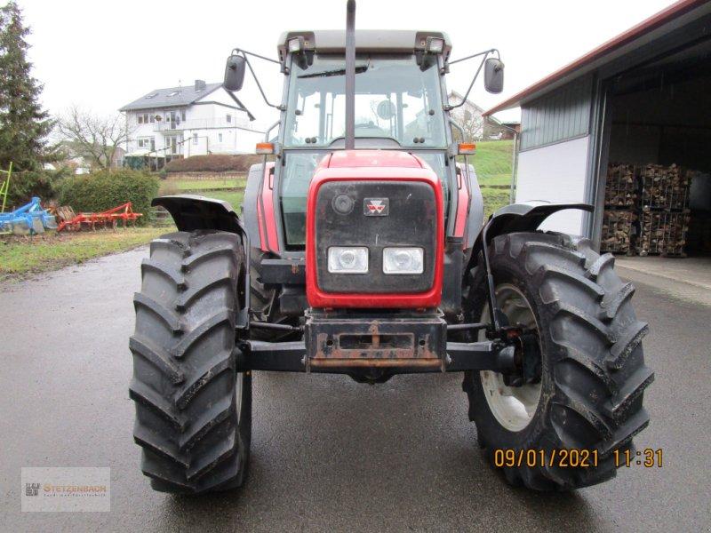 Traktor des Typs Massey Ferguson 4270, Gebrauchtmaschine in Niederkirchen (Bild 1)