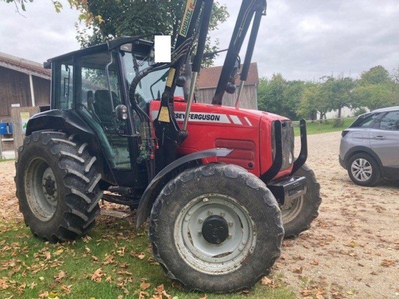 Traktor des Typs Massey Ferguson 4435, Gebrauchtmaschine in Lupburg (Bild 1)