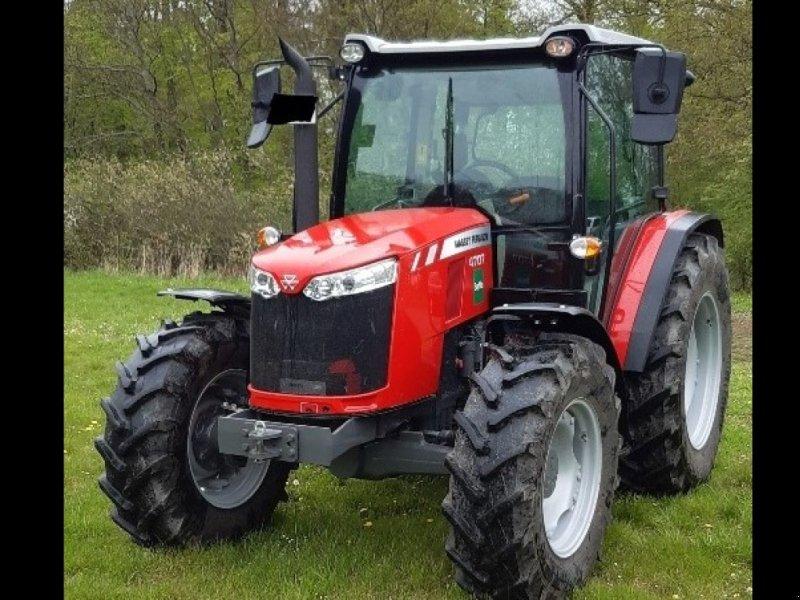 Traktor typu Massey Ferguson 4707, Gebrauchtmaschine w Giebelstadt (Zdjęcie 1)