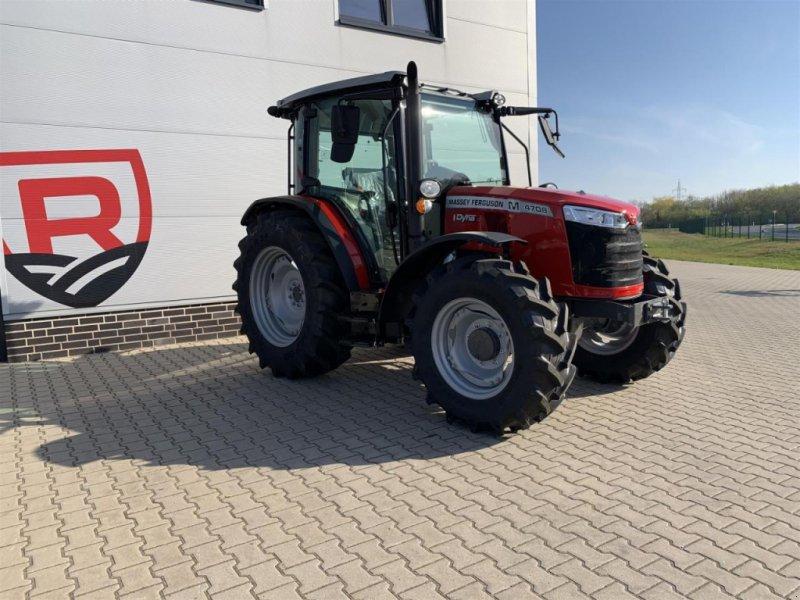 Traktor des Typs Massey Ferguson 4708M Cab Dyna-2, Neumaschine in Sulingen (Bild 1)