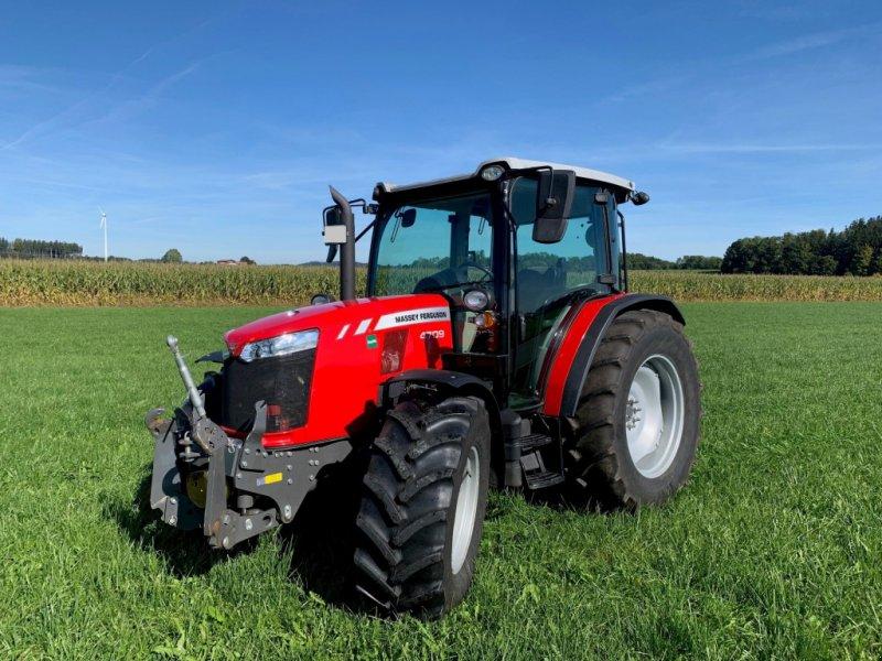 Traktor des Typs Massey Ferguson 4709, Gebrauchtmaschine in Legau (Bild 1)