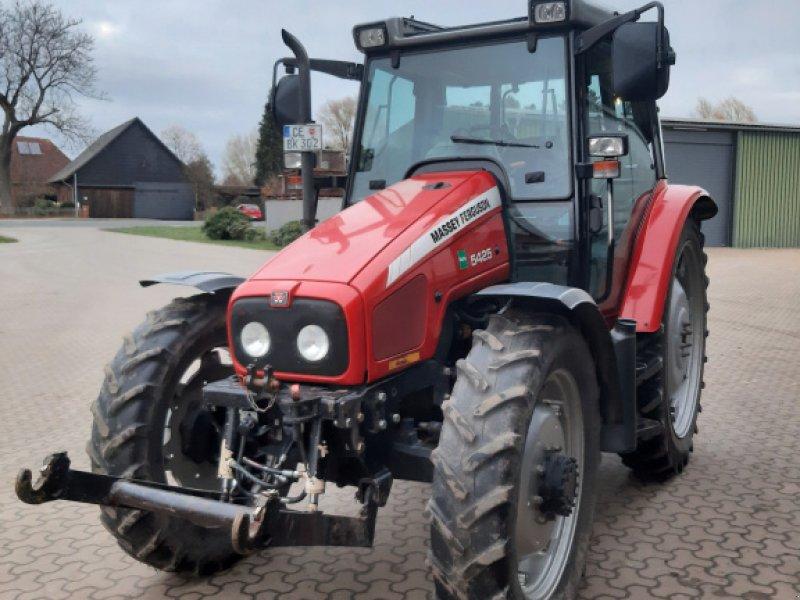 Traktor des Typs Massey Ferguson 5425, Gebrauchtmaschine in Langlingen  (Bild 1)
