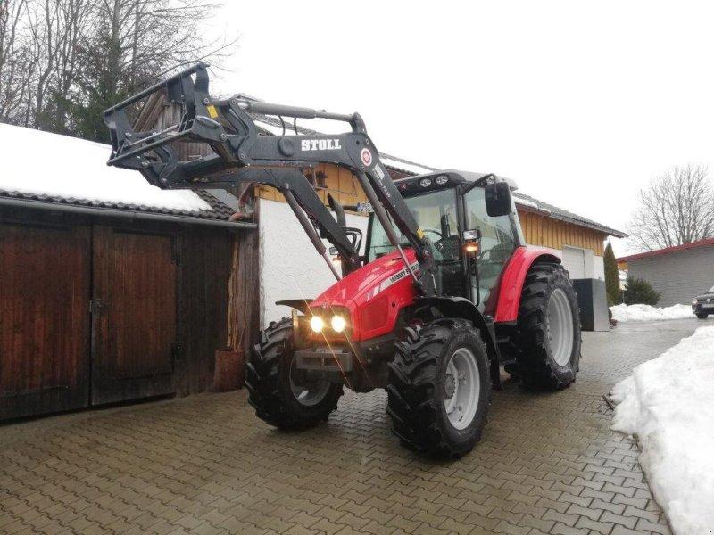 Traktor des Typs Massey Ferguson 5425, Gebrauchtmaschine in Eging am See (Bild 1)