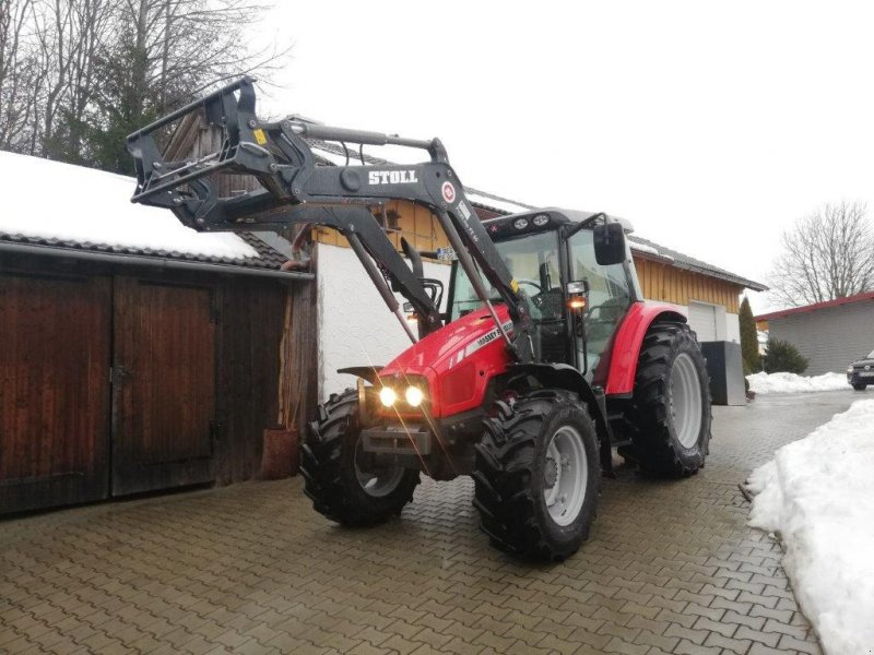 Traktor типа Massey Ferguson 5425, Gebrauchtmaschine в Eging am See (Фотография 1)