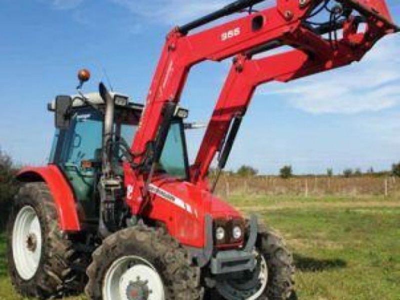 Traktor типа Massey Ferguson 5435 DYNA 4, Gebrauchtmaschine в PEYROLE (Фотография 1)