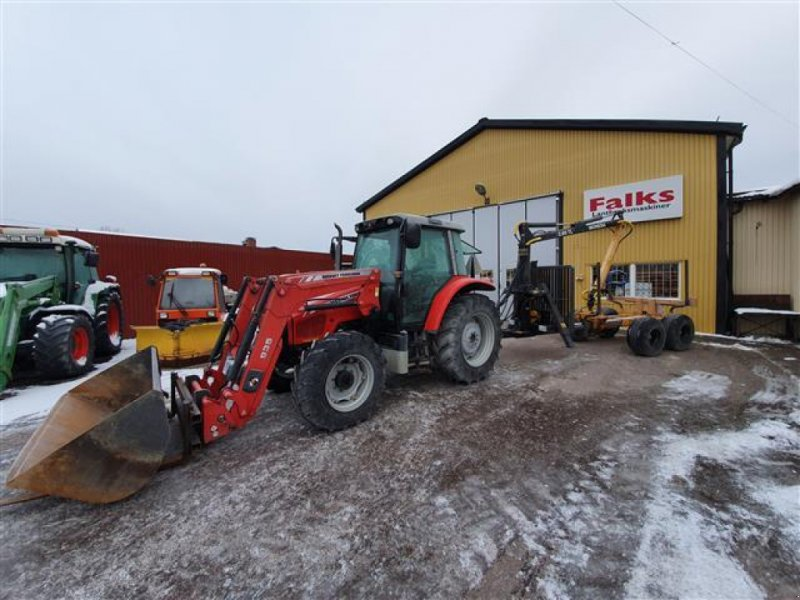 Traktor типа Massey Ferguson 5435, Gebrauchtmaschine в Köping (Фотография 1)