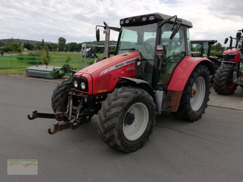 Traktor des Typs Massey Ferguson 5445, Gebrauchtmaschine in Bad Mergentheim (Bild 1)