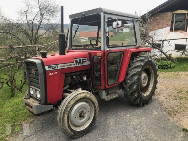 Traktor typu Massey Ferguson 550, Gebrauchtmaschine w Markt Hartmannsdorf (Zdjęcie 1)