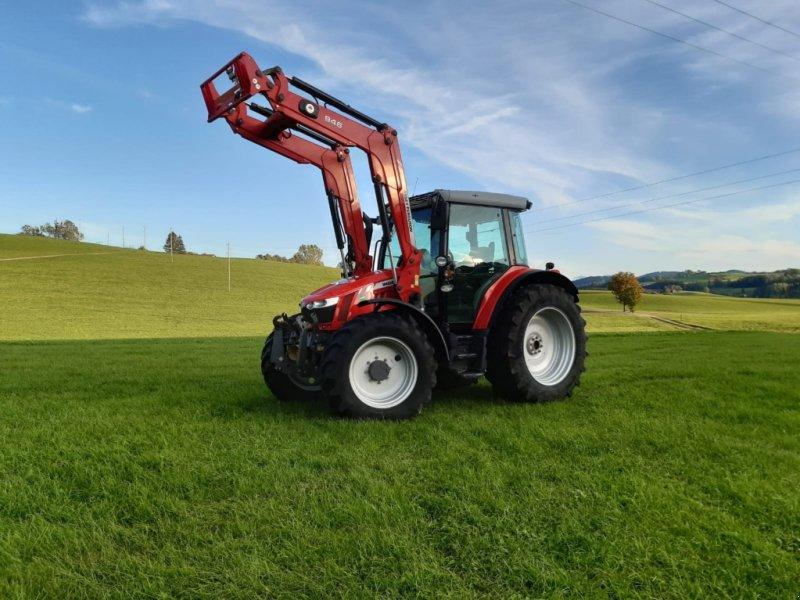 Traktor des Typs Massey Ferguson 5610 Dyna 4, Gebrauchtmaschine in Legau (Bild 1)