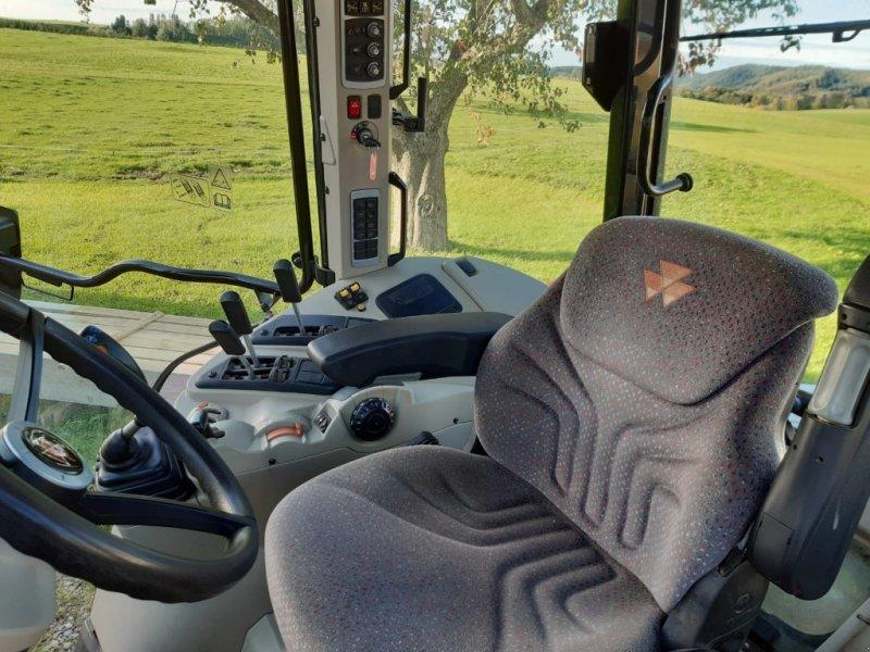 Traktor des Typs Massey Ferguson 5610 Dyna 4, Gebrauchtmaschine in Legau (Bild 12)