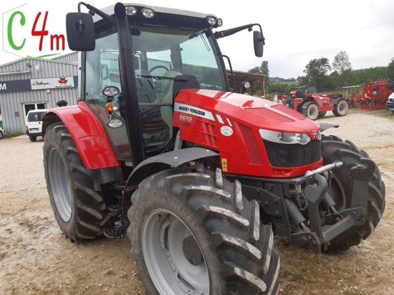 Traktor типа Massey Ferguson 5612 DYNA 6, Gebrauchtmaschine в POUSSAY (Фотография 1)