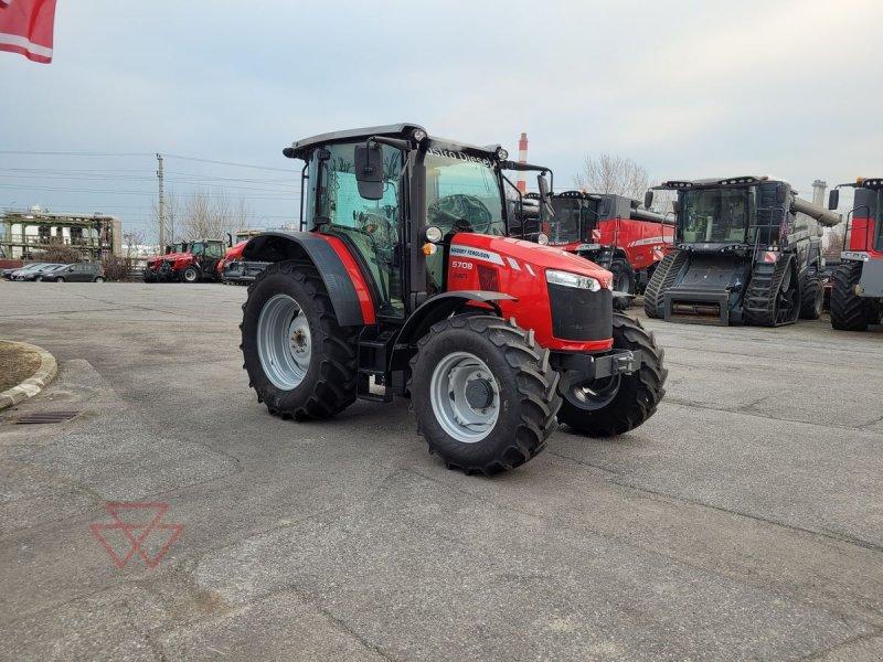 Traktor des Typs Massey Ferguson 5708-4 MR D4, Neumaschine in Schwechat (Bild 1)