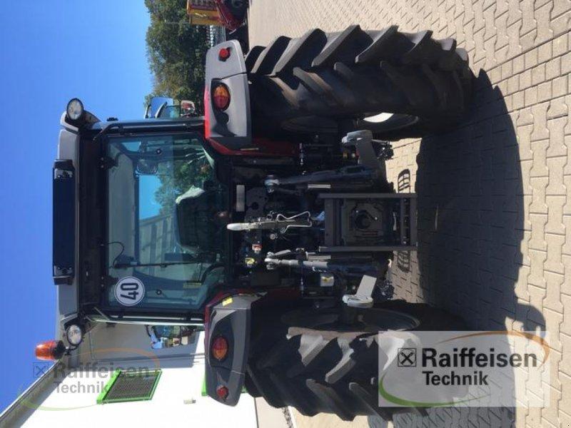 Traktor des Typs Massey Ferguson 5709 Global Dyna-4, Gebrauchtmaschine in Petersberg (Bild 3)
