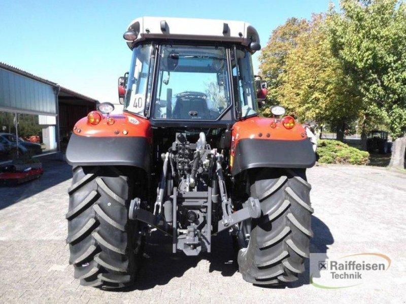 Traktor des Typs Massey Ferguson 5710S Dyna-4 E, Gebrauchtmaschine in Trendelburg (Bild 5)
