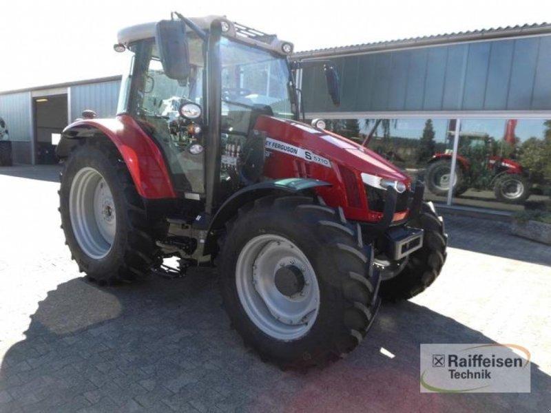 Traktor des Typs Massey Ferguson 5710S Dyna-4 E, Gebrauchtmaschine in Trendelburg (Bild 3)