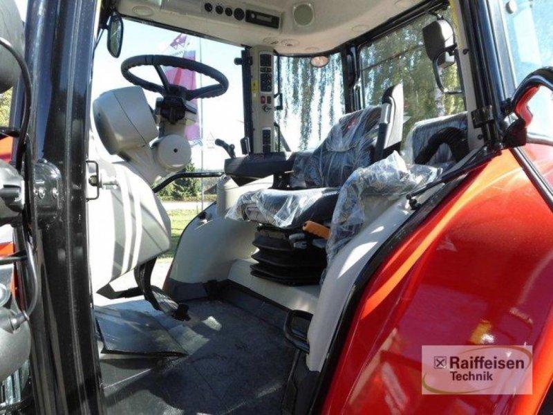 Traktor des Typs Massey Ferguson 5710S Dyna-4 E, Gebrauchtmaschine in Trendelburg (Bild 6)