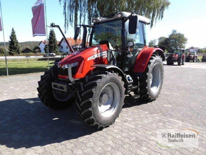 Traktor des Typs Massey Ferguson 5710S Dyna-4 E, Gebrauchtmaschine in Trendelburg (Bild 1)