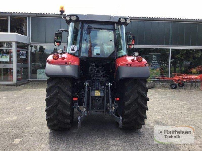 Traktor des Typs Massey Ferguson 5710S Dyna4 Ef, Gebrauchtmaschine in Trendelburg (Bild 4)